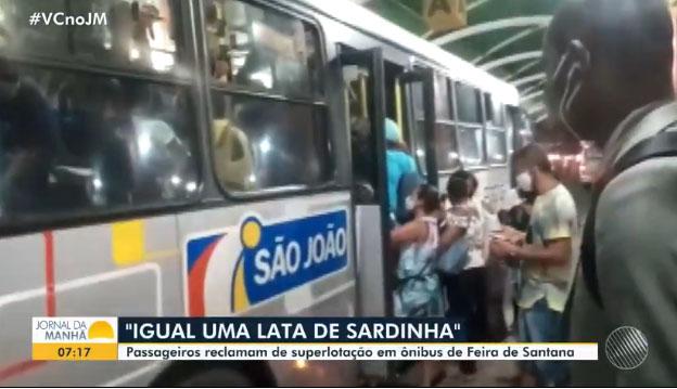 Feira de Santana registra ônibus superlotados. 'Igual a lata de sardinha'