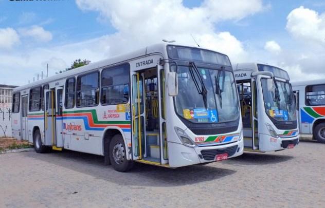João Pessoa disponibiliza mais ônibus extras para evitar aglomerações