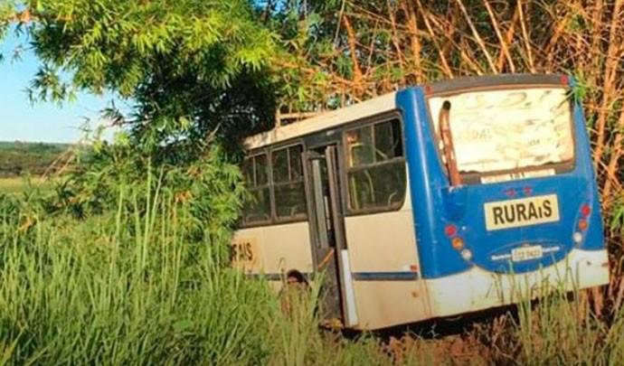 SP: Acidente com ônibus rural deixa feridos em Olímpia