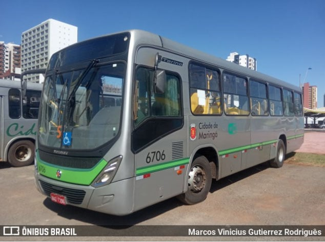 Maringá: No terceiro dia de paralisação rodoviários da TCCC impedem saída de ônibus