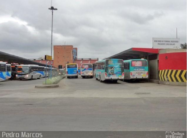 Niterói: Fiscalização nesta manhã no Terminal João Goulart tenta evitar aglomerações