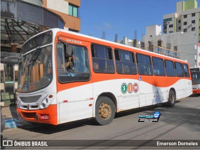 RS: Atrasos em ônibus gera aglomerações e reclamações de passageiros em Santa Maria