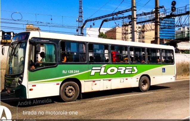 RJ: Traficantes sequestram cinco ônibus em Belford Roxo e usam como barricada contra a ação da PM