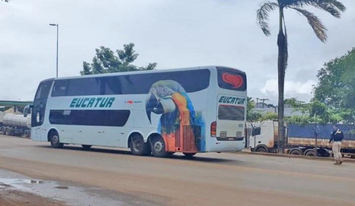 RO: Acidente envolvendo ônibus da Eucatur deixa uma pessoa ferida na BR-364
