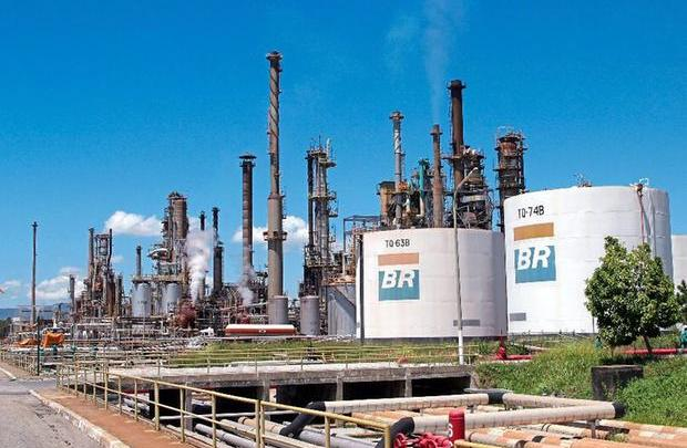 Petrobras anuncia nesta segunda-feira, o 6º reajuste no ano com alta de 5,5% no diesel