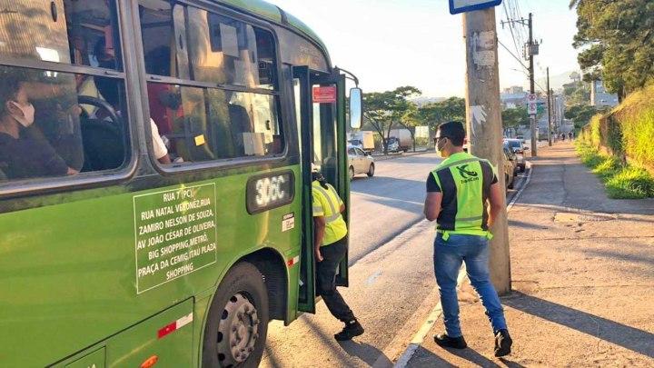 MG: Contagem reforça o combate à Covid-19 e fiscaliza ônibus metropolitanos