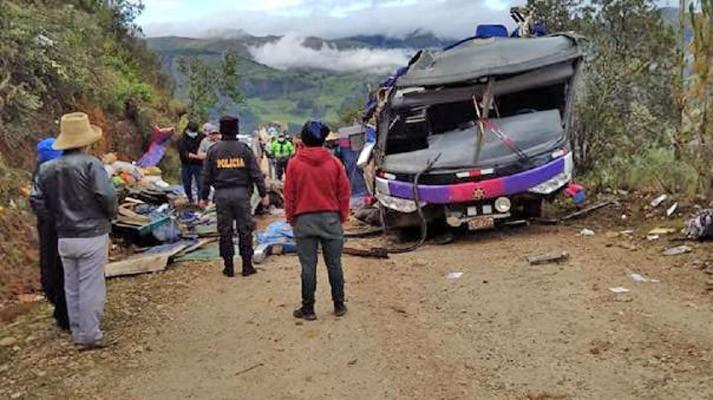 Ancash: Acidente com ônibus deixa pelo menos 20 mortos em Sihuas, no Peru