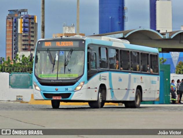 MPCE propõe escalonamento do retorno das atividades para reduzir aglomerações nos ônibus