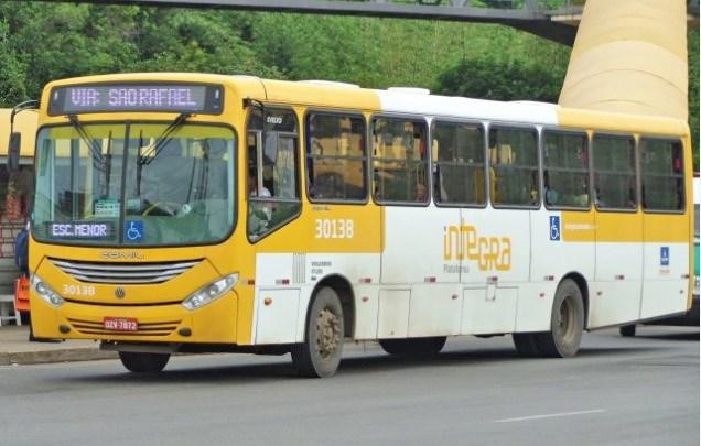 Bandidos assaltam ônibus da Plataforma Transportes em Salvador