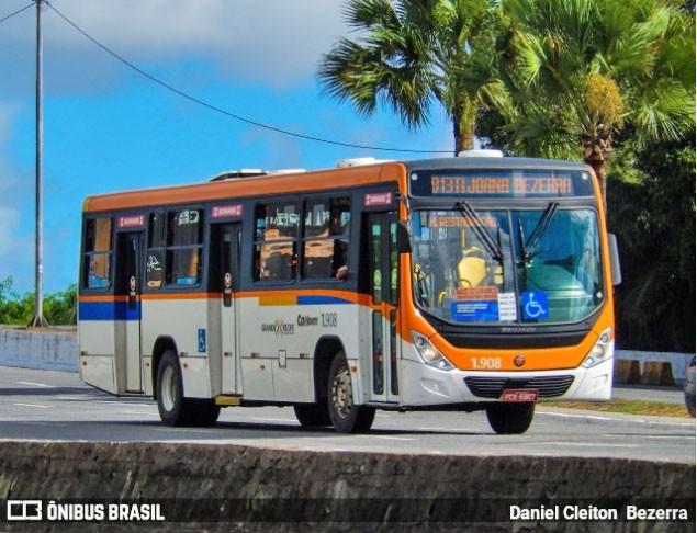 Rodoviários realizam protesto no Recife nesta segunda-feira por vacina contra a Covid-19
