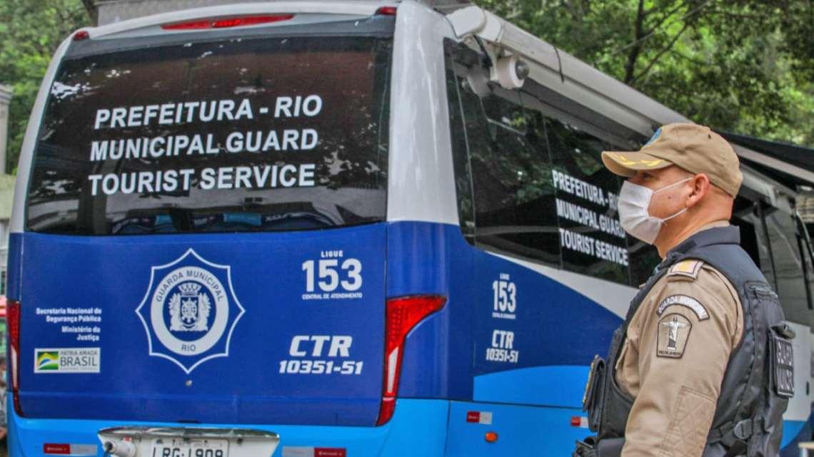 Prefeitura do Rio inaugura micro-ônibus de comando no acesso ao Corcovado