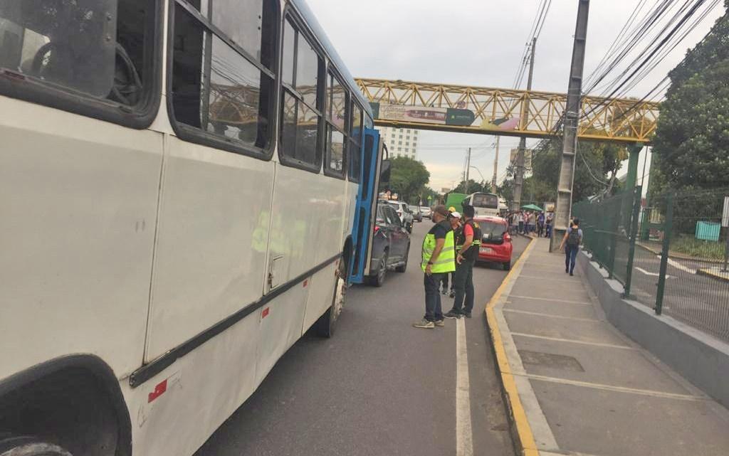 Manaus: IMMU apreende veículos fazendo transporte irregular de passageiros