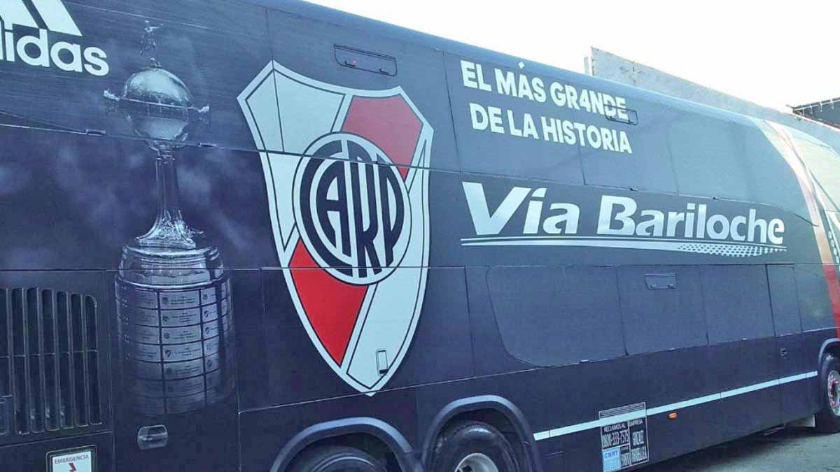 Argentina: Morre o motorista da Via Bariloche que atendia o River Plate
