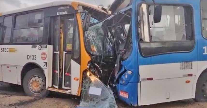 Vídeo: Acidente entre ônibus e micro-ônibus deixa 17 feridos em Salvador nesta manhã