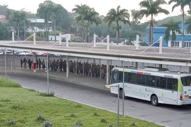 Vídeo: BRT Rio segue com superlotação e aglomeração na Zona Oeste - revistadoonibus