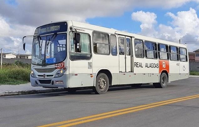 Maceió: TJ-AL suspendeu a lei que acumula a  função entre motorista e cobrador
