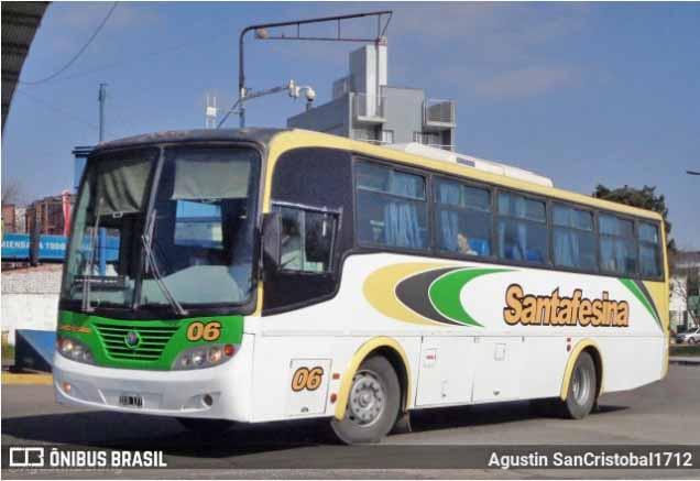 Vídeo: Manifestação contra Alberto Fernández suspende ônibus em Rosário na Argentina