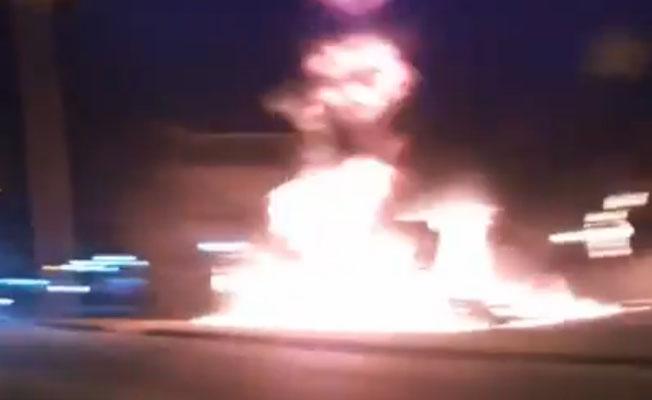 Vídeo: Ônibus da Expresso Pégaso pega fogo na Estrada do Campinho na Zona Oeste do Rio, diz morador