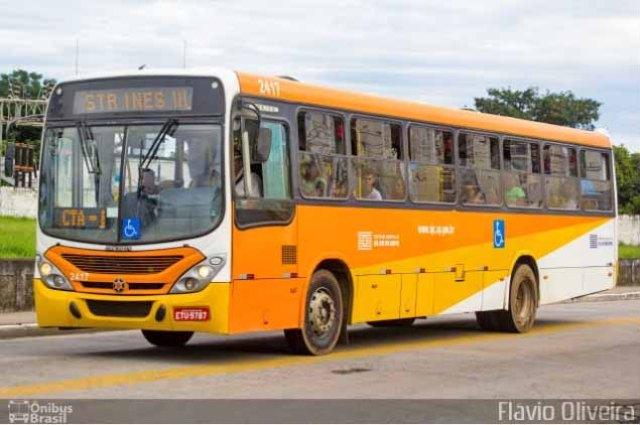 SP: Ônibus da Viação Joseense colide contra caminhão químico em São José dos Campos - revistadoonibus