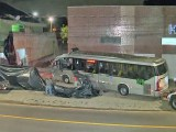 Curitiba: Ônibus é retirado dois dias depois do acidente que atingiu casa na Cidade Industrial
