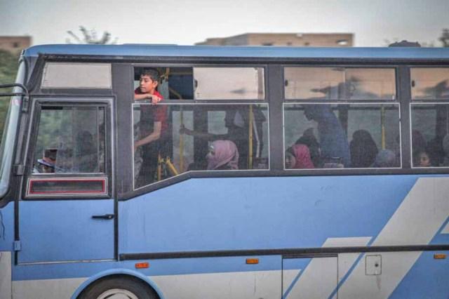 Síria: Regime de Assad usa ônibus no despejo de 30 famílias da região sul - revistadoonibus