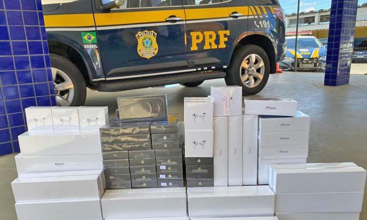 Vídeo: Polícia apreende celulares e eletrônicos avaliados em R$ 620 mil na BR-116 em Vitória da Conquista