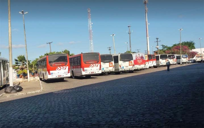 Maceió: Idoso acaba sendo preso após assediar jovem dentro de ônibus