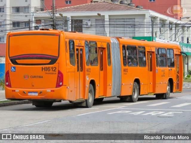 Curitiba leva vacinação contra a gripe a dez terminais de ônibus - revistadoonibus
