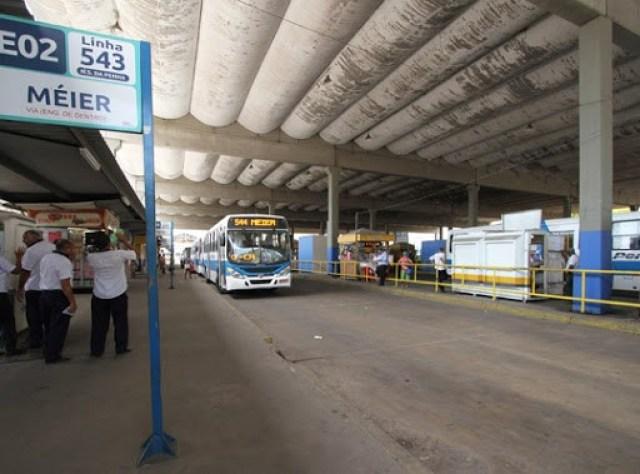 Senado aprova lei que permite manifestação artística no transporte público - revistadoonibus