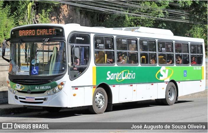 Vídeo: Ônibus da Viação Santa Luzia pega fogo em Barra do Piraí