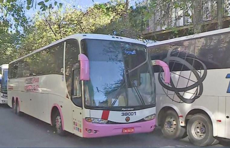 Belo Horizonte: Donos de ônibus fretados fazem manifestação na ALMG