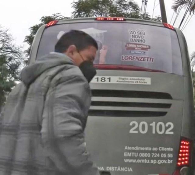 São Paulo: Ônibus da Auto Viação Urubupungá atinge carro de emissora de TV - revistadoonibus