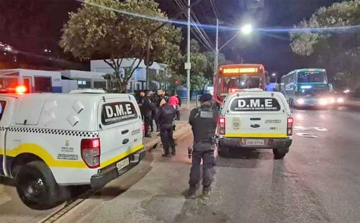 Belo Horizonte: Guarda municipal prende assaltante de ônibus