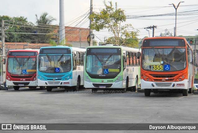 Manaus altera itinerários de linhas de ônibus a partir da próxima segunda-feira (23)
