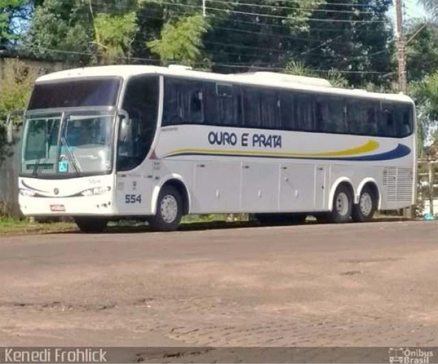 Vídeo: Ônibus da Ouro e Prata pega fogo na BR-230 em Marabá - revistadoonibus