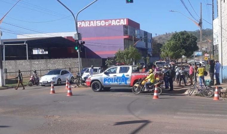 PA: Ciclista acaba morrendo atropelado por ônibus em Parauapebas