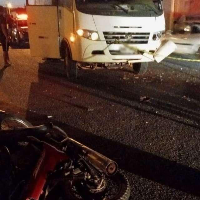 Uberlândia: Motociclista morre ao colidir com micro-ônibus - revistadoonibus