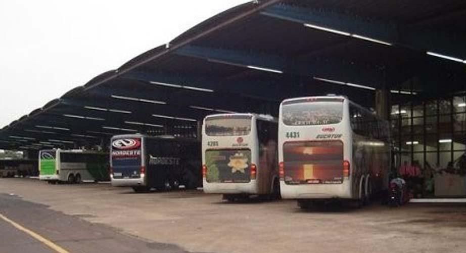 PR: Passageiro de ônibus é detido após se masturbar em viagem para Cascavel