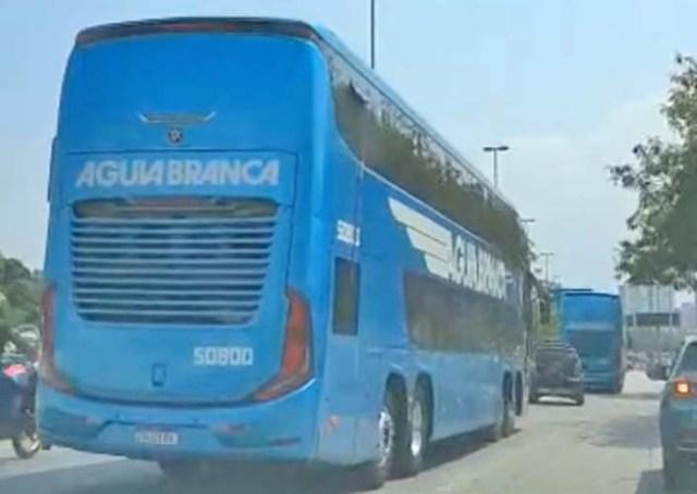 Vídeo: Após análise, Marcopolo testa ônibus Paradiso G8 da Viação Aguia Branca em SP - revistadoonibus