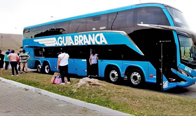 Vídeo: Veja a viagem em que ônibus Marcopolo G8 da Aguia Branca apresentou problemas na via Dutra - revistadoonibus