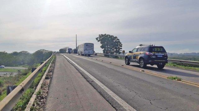 RS: Acidente dentre ônibus e carreta deixa 8 feridos na BR-116, em Eldorado do Sul - revistadoonibus