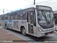 Vídeo: Ônibus do BRT sai da pista e passageiros precisam empurra coletivo - revistadoonibus