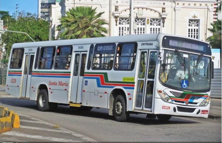 Natal: Ônibus circulam na cidade normalmente, após ameaça de greve