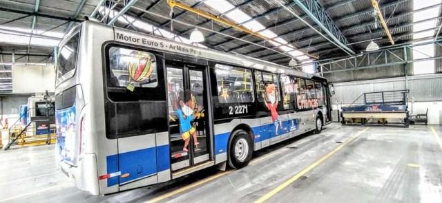 São Paulo: Ônibus adesivados homenageiam o Dia das Crianças - revistadoonibus