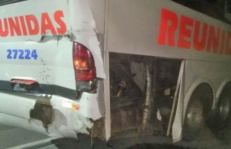 SC: Acidente entre caminhão e ônibus chama atenção na BR-470 em Apiúna - revistadoonibus