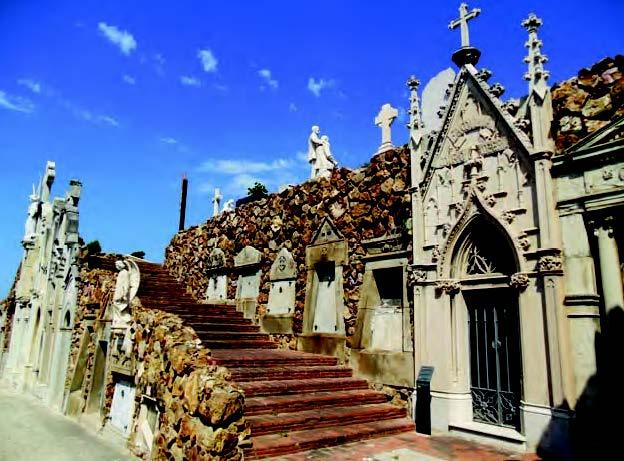 Tumba de la familia Miró en el cementerio de Montjuic.