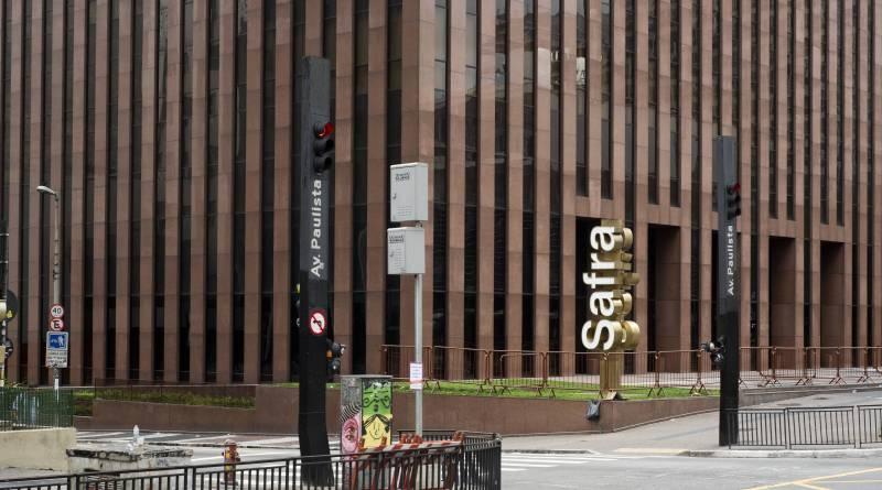 Banco Safra está contratando profissionais de vários segmentos