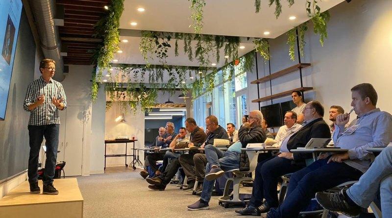 StartSe University se consolida como escola internacional de negócios