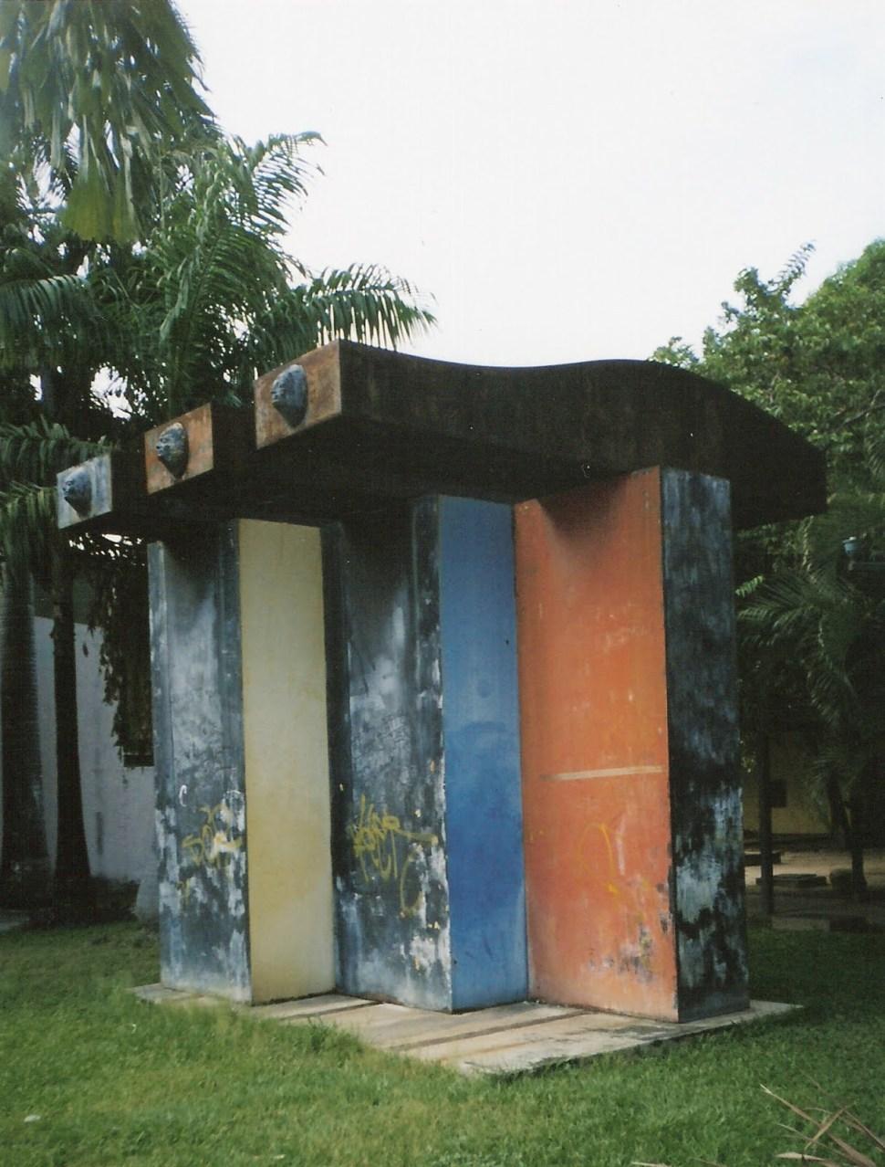 Marisol. Tres figuras. Foto P. Hernández 2006