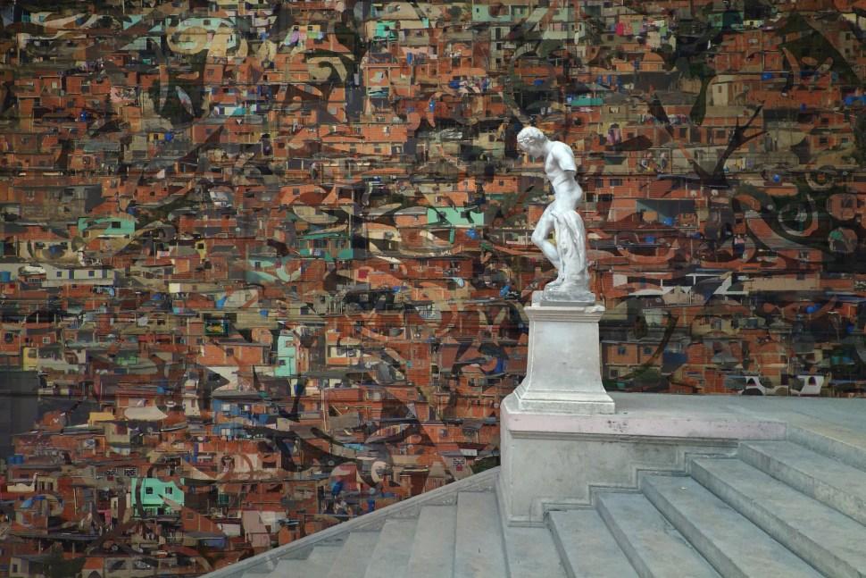 Pepe López. Petare Wallpaper, 2014. Proyecto para Beaux-Arts de Paris. Exposición Broken Idols, 2019 Maëlle Galerie, París Montaje digital: Pepe López